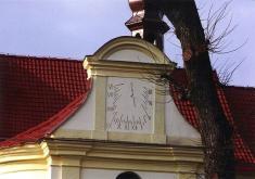 Bechlín - sluneční hodiny nakostele sv.Václava