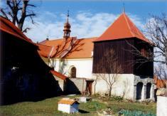 Bechlín - kostel sv.Václava - zvonice