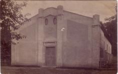 Bechlín - kolem r.1930 Sokolovna (na místě dnešního kina)