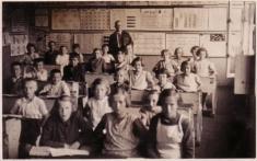 Bechlín - r.1941 - obecná škola